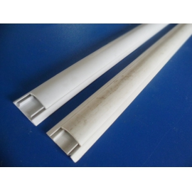 33 X 10 X 3000MM FLOOR TRUNKING